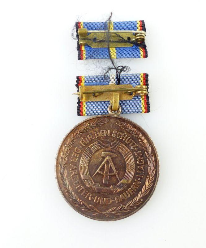 #e2459 Medaille für langjährige Pflicherfüllung, Landesverteidigung DDR 2