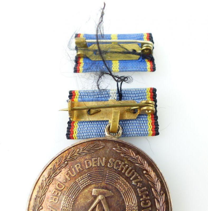 #e2459 Medaille für langjährige Pflicherfüllung, Landesverteidigung DDR 3