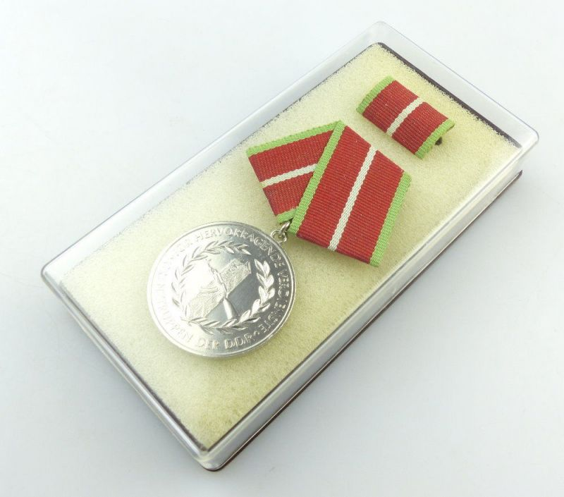 #e4045 Verdienstmedaille der Grenztruppen der DDR verl. ab 1987 Band I Nr. 281