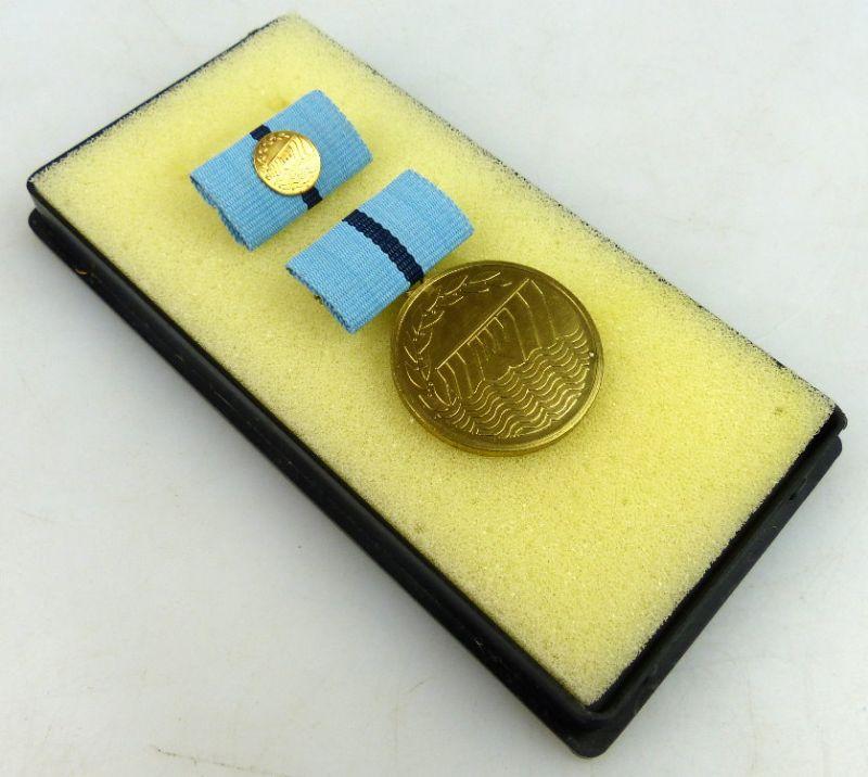 Medaille hervorragende Leistungen in der Wasserwirtschaft der DDR, N010