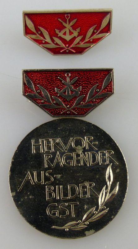 GST Medaille Hervorragender Ausbilder GST Silber vgl. Band VII Nr. 13c, GST13c