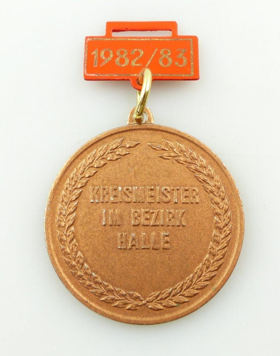 E9719 Medaille Kreismeister Bezirk Halle 1982/83 DFV Fußball Verband der DDR