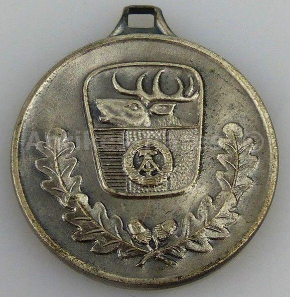 Jagdwesen Silber Medaille hervorragende Leistungen Jagdgebrauchshunde (Forst24)