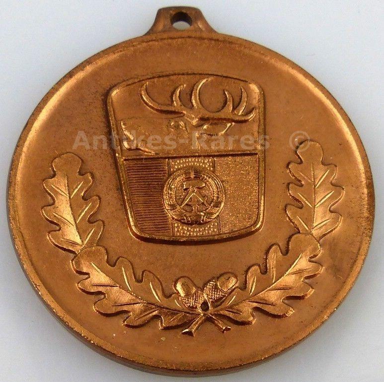 Jagdwesen Bronze Medaille hervorragende Leistungen Jagdgebrauchshunde (Forst21)