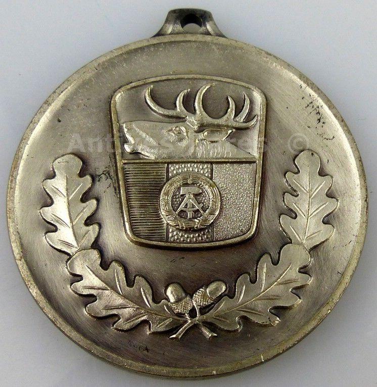 Jagdwesen Silber Medaille hervorragende Leistungen Jagdgebrauchshunde (Forst20)