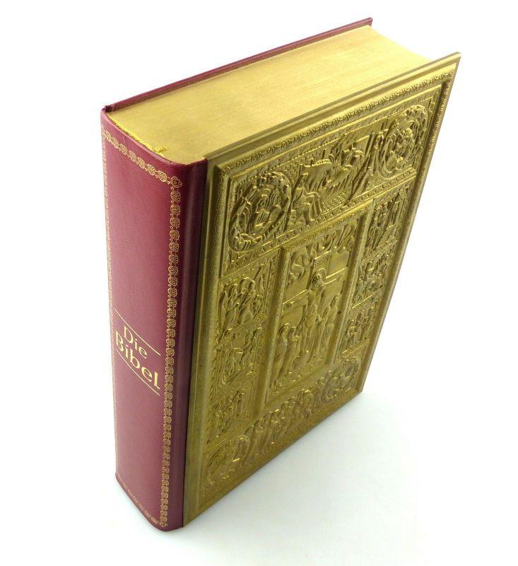 E9804 Die Goldbibel altes und neues Testament mit Stichen von Gustav Dore