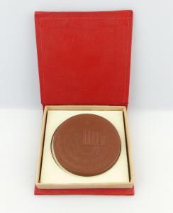 #e3735 Meissen Medaille Ehrenplakette VEB Braunkohlenwerk Regis Ehrenplakette