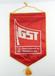 #e2887 DDR Ehrenwimpel: GST Potsdam Bekenntnis und Tat - Wehrbereit 1977/78