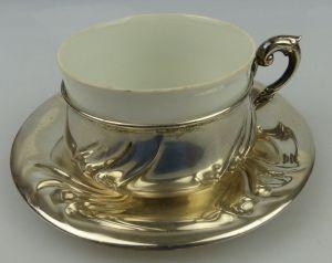 Tasse mit Unterteller in 830 (Ag) Silber 168g, Halbmond & Krone Dt., norb815