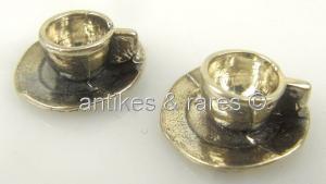 2 alte Puppenstuben Tassen mit Untertassen in 800 (Ag) Silber