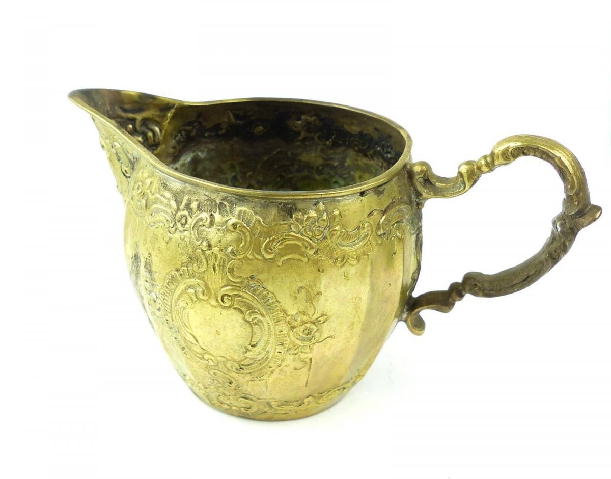 E10191 Sehr dekoratives Sahnekännchen aus 800er Silber Halbmond und Krone 1