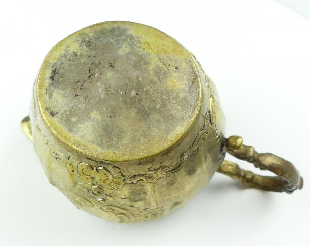 E10191 Sehr dekoratives Sahnekännchen aus 800er Silber Halbmond und Krone 7