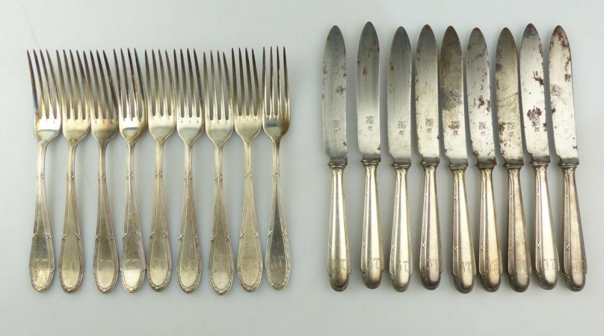 E10215 9 Messer und 9 Gabeln WMF Straußenmarke mit Kreuzband Dessertbesteck