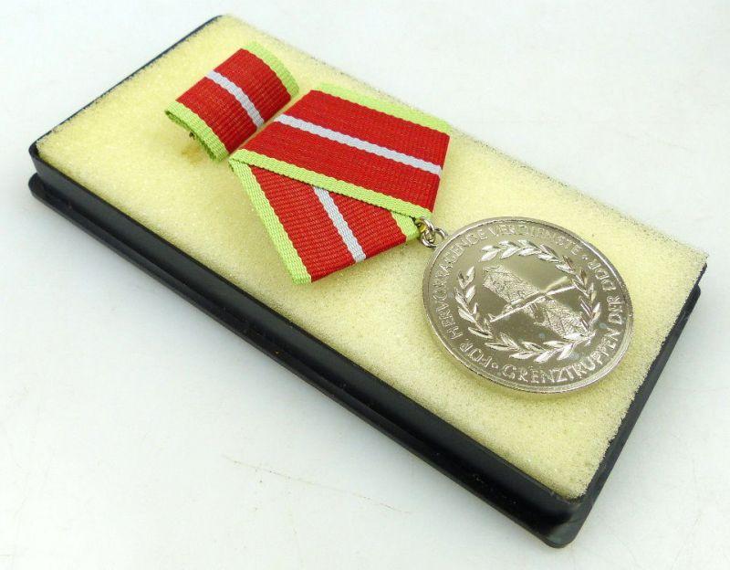 Verdienstmedaille der Grenztruppen der DDR in Silber Orden1193