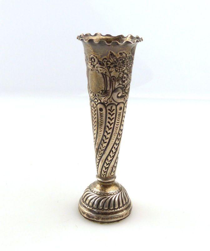 E10289 Sehr alte kleine englische Vase aus Silber sehr dekorativ