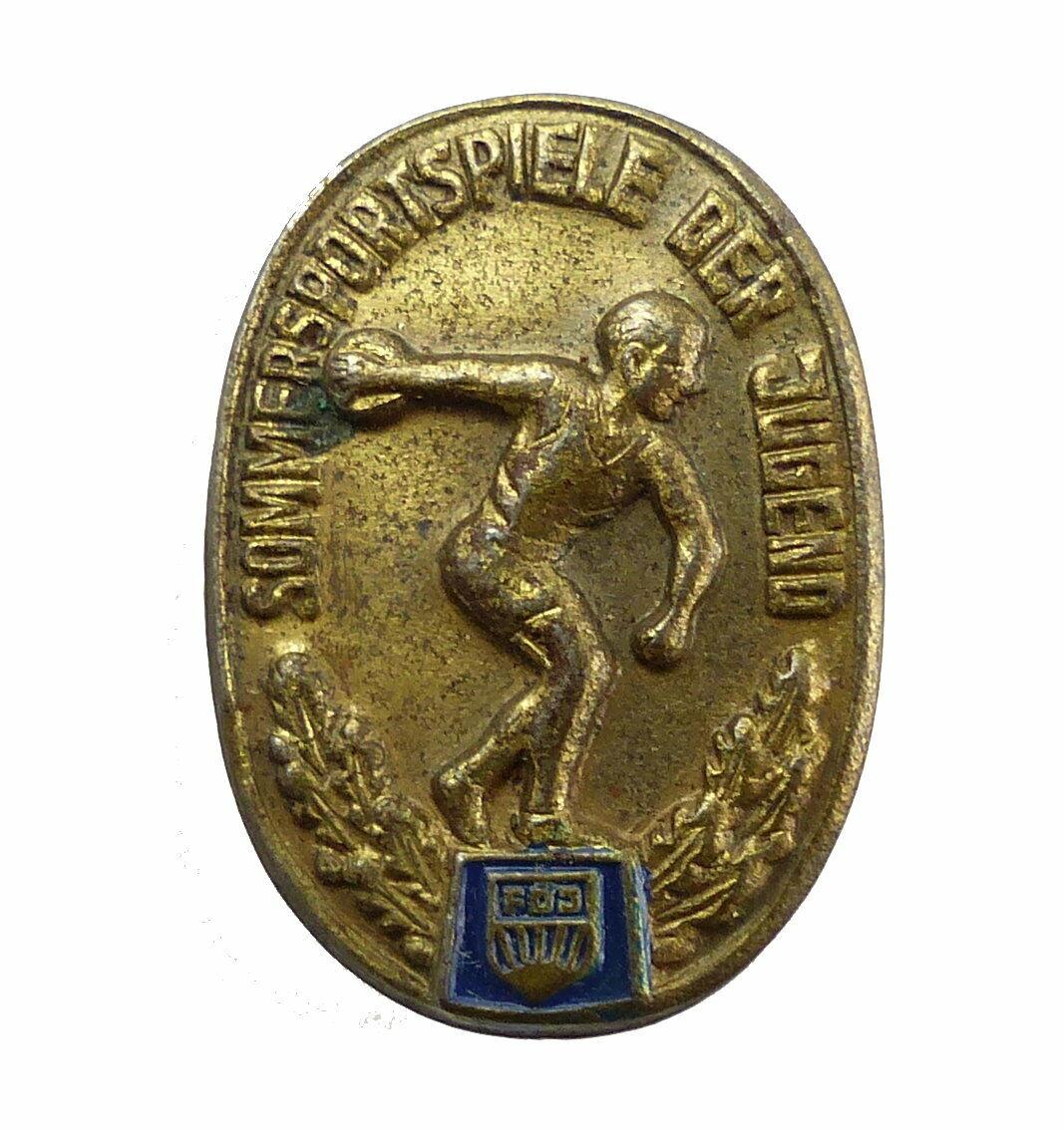 E10403 DDR Anstecknadel Pin Sommersportspiele der Jugend FDJ goldfarben