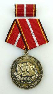 Verdienstmedaille der NVA in 900 Silber vgl Band I Nr. 146 f Punze 10, Orden1225
