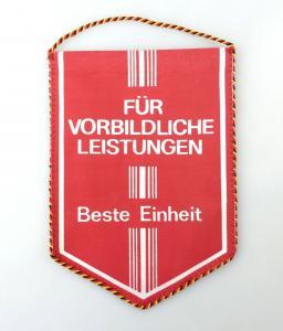 E10818 Alter Wimpel für vorbildliche Leistungen Beste Einheit DDR