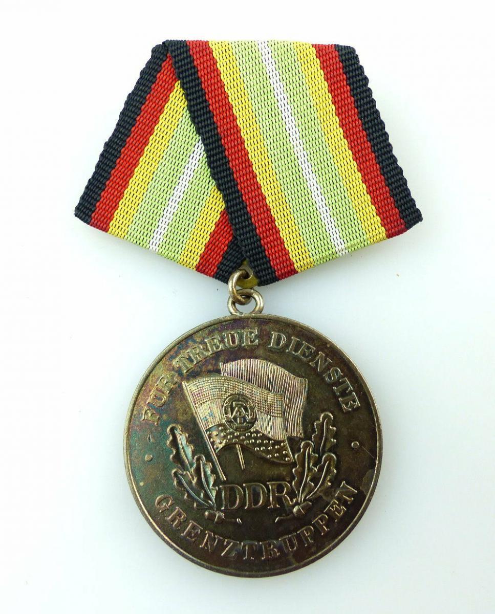 #e2693 Medaille für treue Dienste in den Grenztruppen der DDR Nr.285b 1984-86
