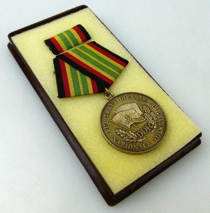 Medaille für treue Dienste NVA Stufe Gold 900 Silber Band I Nr. 149e, Orden911