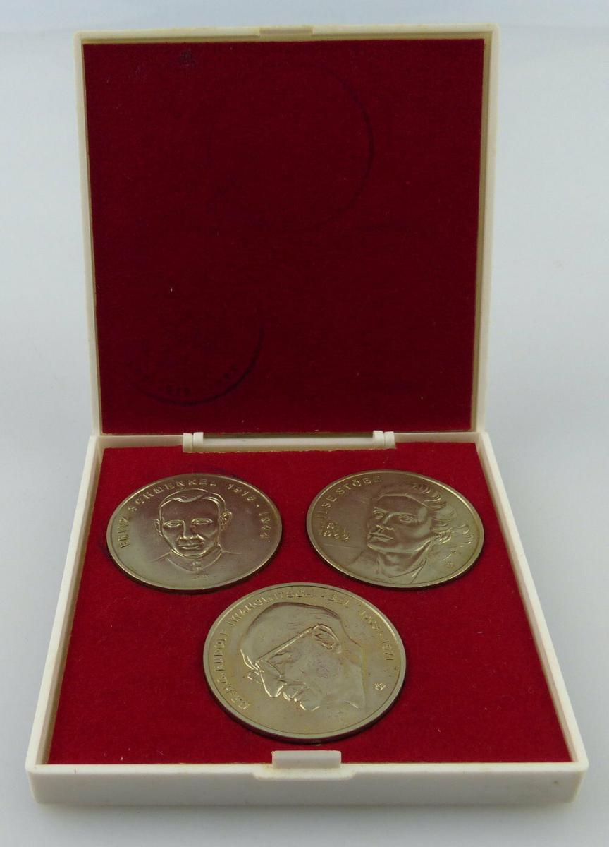 3 Medaillen: MfS Fritz Schmenkel, Ilse Stöbe, Dr. Iwanowitsch Abel, Orden2620