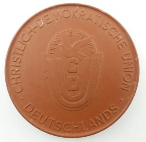 #e3191 Meissen Medaille für 25 Jahre treue Mitarbeit CDU Hauptvorstand Ehrengabe
