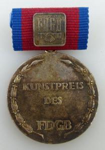 Kunstpreis des FDGB, vgl. Band IV Nr 8b verliehen 1982- , Orden1393