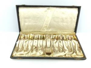 #e3813 12 Gründerzeit Mokkalöffel mit Zuckerzange aus 800er Silber Schmetterling