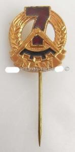 DDR Abzeichen NAW Aufbaunadel 1960-1968 in Bronze / orden137