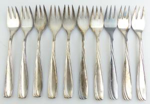 E10934 10 versilberte Kuchengabeln 90er Silberauflage