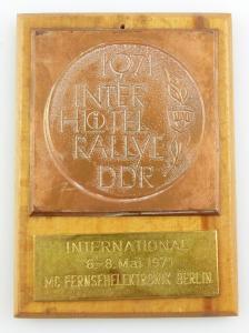 E11098 Plakette Inter Hotel Rallye DDR Mai 1971 Mc Fernsehelektronik Berlin