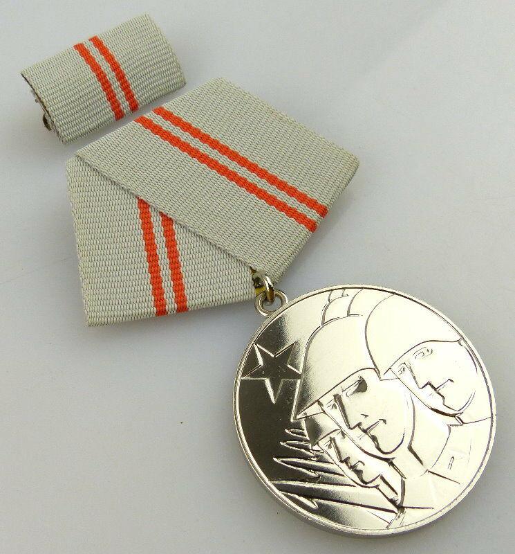 Medaille der Waffenbrüderschaft in Silber, vgl. Band I Nr. 209, Orden2392 1