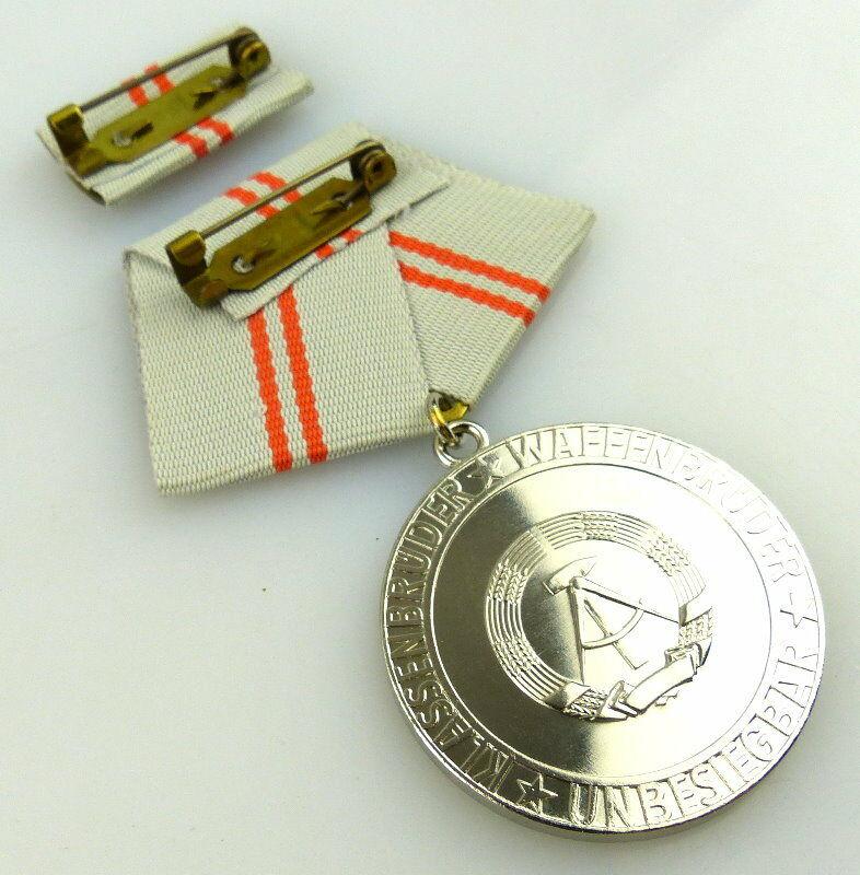 Medaille der Waffenbrüderschaft in Silber, vgl. Band I Nr. 209, Orden2392 3