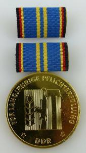 Medaille Pflichterfüllung zur Stärkung der Landesverteidigung Orden2390