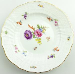 E11230 Meissen Teller 1 Wahl Neubrandenstein Blumen Insekten Goldrand Ø 15 cm