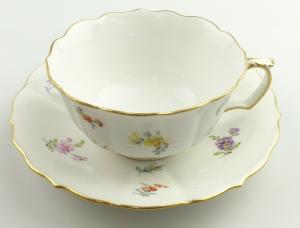 E11223 Meissen Tee Kaffee Gedeck Knaufzeit 1 Wahl Streublümchen mit Goldrand