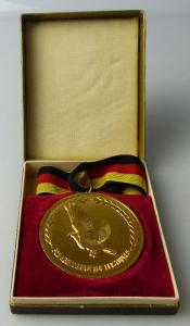 Medaille: Taubenzucht, goldfarben, Für hervorragende Leistungen, Orden1488