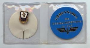 DDR Ehrennadel des Eisenbahnersports der DDR m Plakette