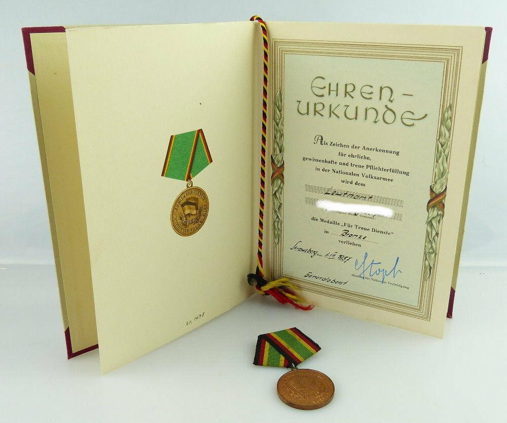 Medaille Für Treue Dienste NVA in Bronze + Urkunde 1957 verliehen, Orden3158 0