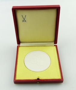 E11317 Meissen Medaille mit Etui Zentraler Ausschuss für Jugendweihe in der DDR