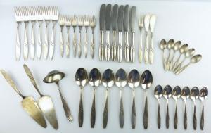 E11330 Versilbertes Besteck 42 Teile 40er Silberauflage mit Vorlegern