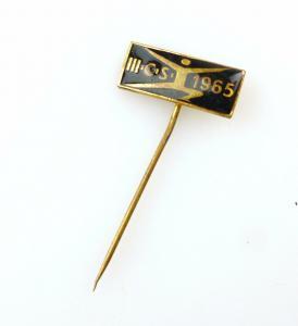 #e7494 Alte Anstecknadel III. Internationale Spartakiade CSSR 1965 goldfarben