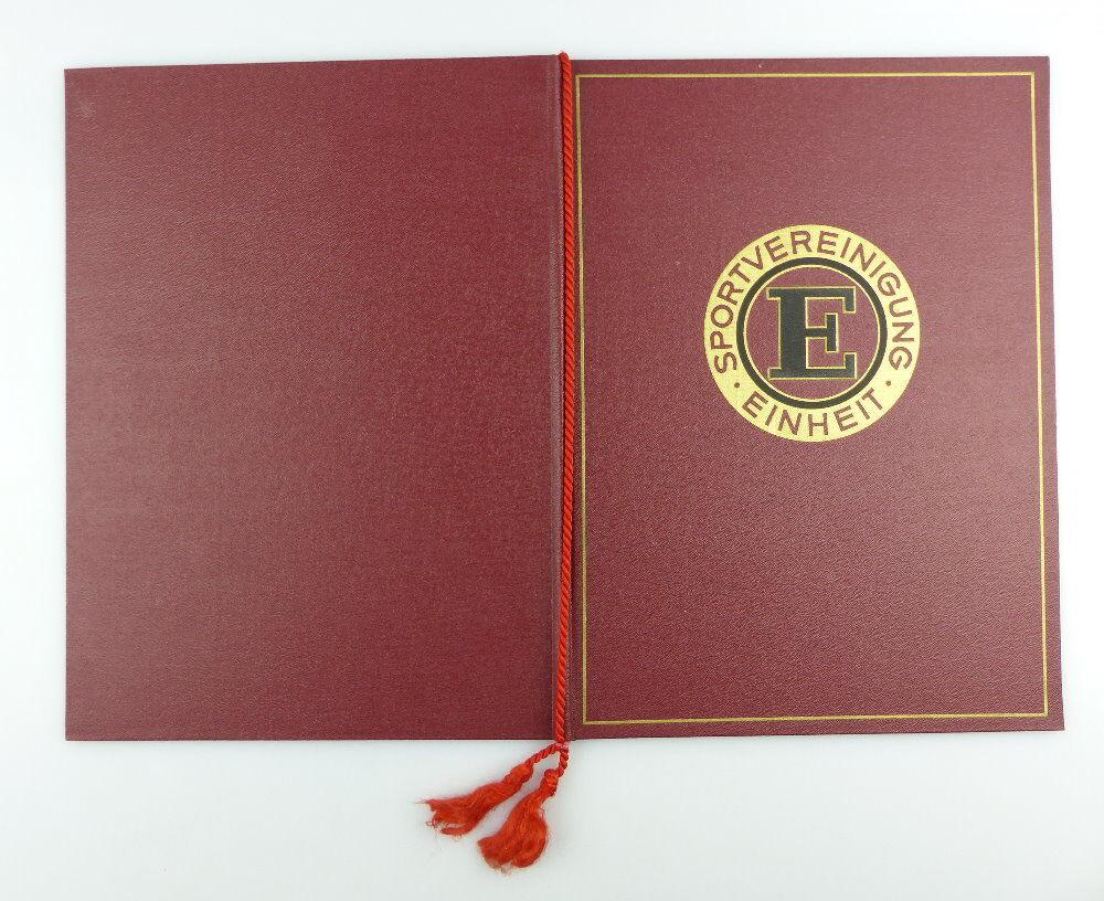 #e2979 Nachlass: Ehrenurkunde mit Ehrennadel BSG Einheit Rathenow Nr.313, 1956 2