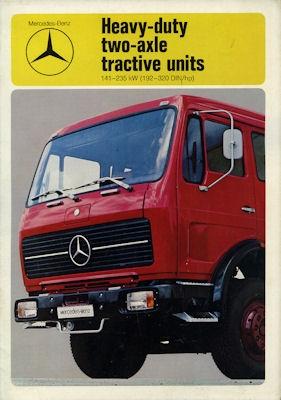 Mercedes-Benz Mittelschwere Zweiachs-Zugmaschinen Prospekt 1976 e