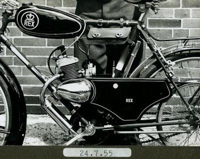 4 Fotos Moped Rex 1955/56