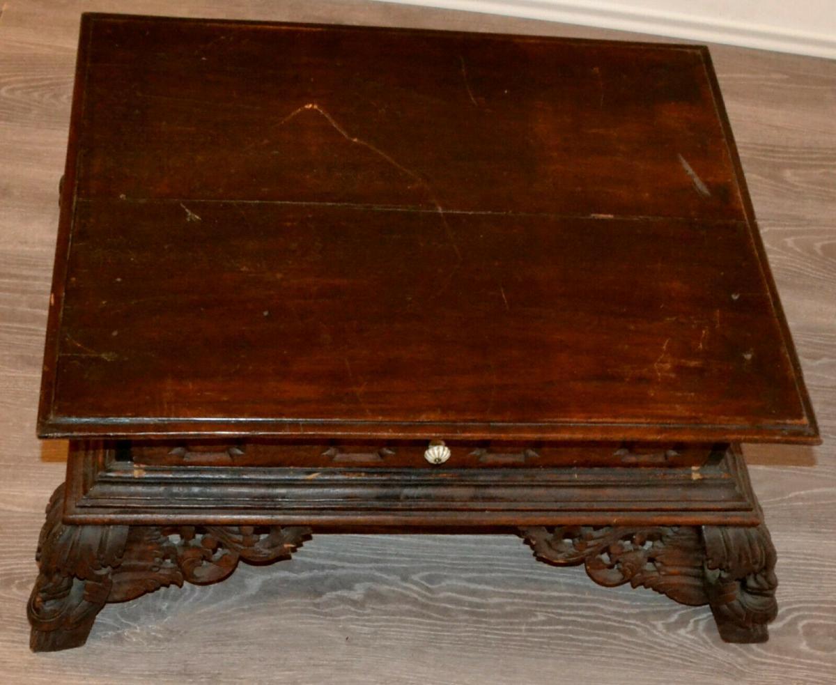Möbel,kleiner Beistelltisch,deutsch, Eiche,um 1900,leichte Beschädigungen 4