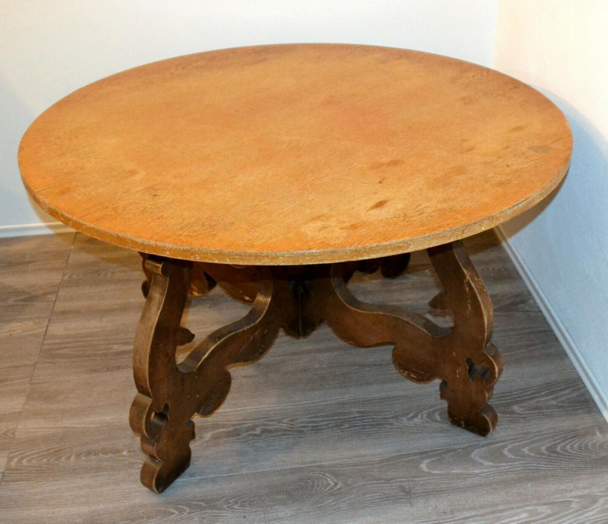 Möbel,runder Bauerntisch, alter Barockfuss, neue Platte,für Restaurator/Bastler 0