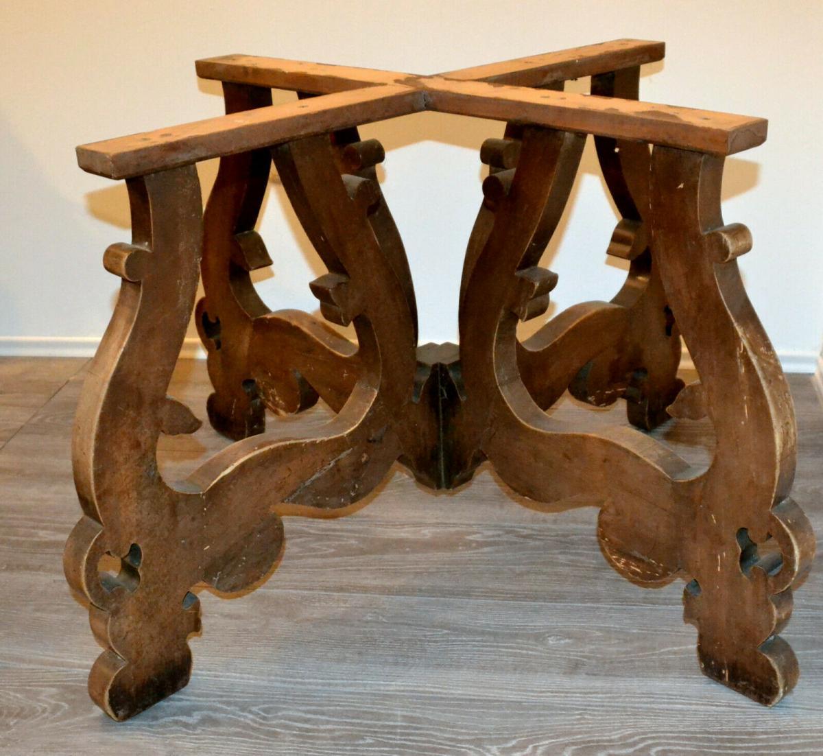 Möbel,runder Bauerntisch, alter Barockfuss, neue Platte,für Restaurator/Bastler 2