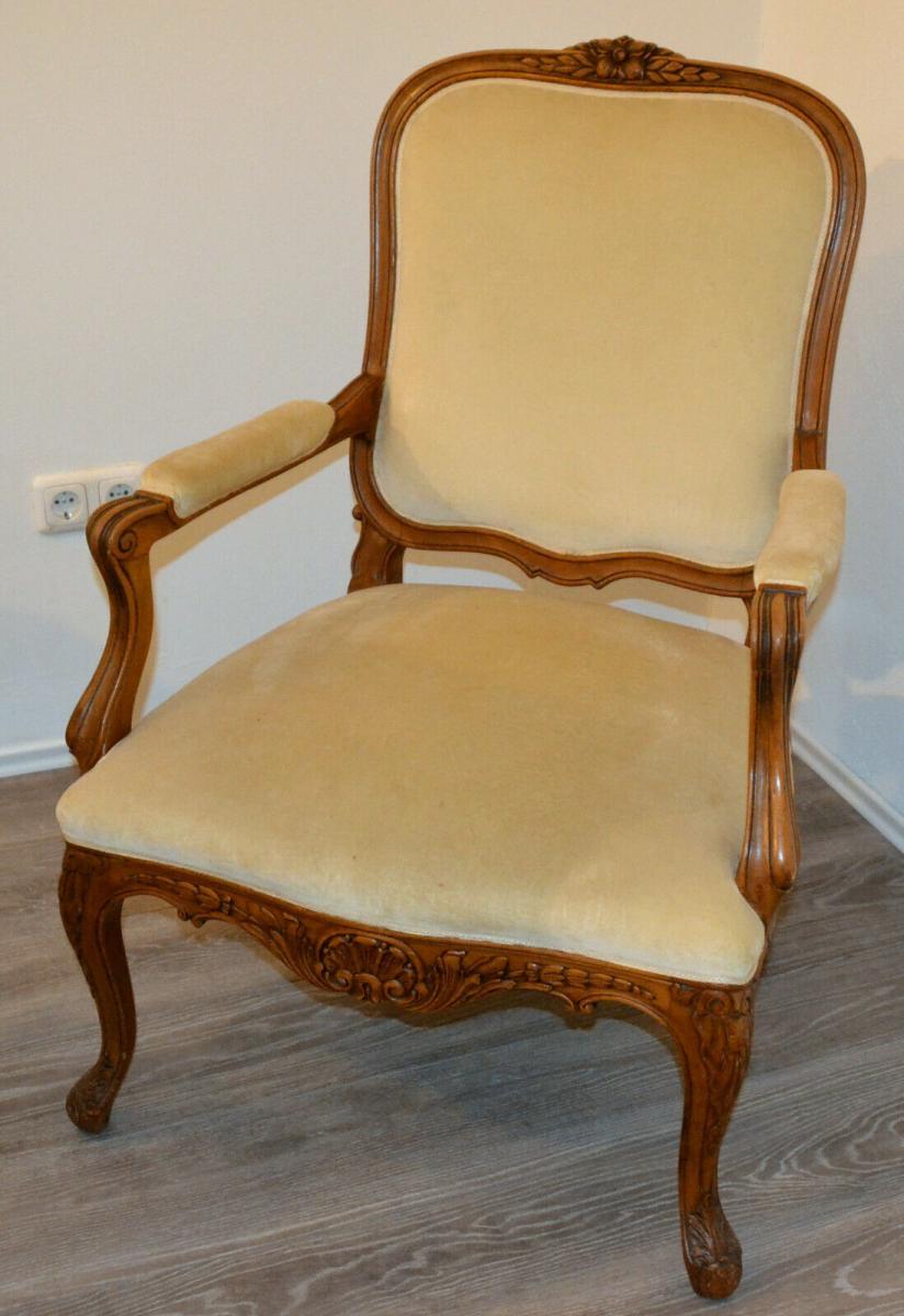 Möbel,Sessel,Rokoko-Stil,Eiche, wohl um 1850,helle Polsterung 0