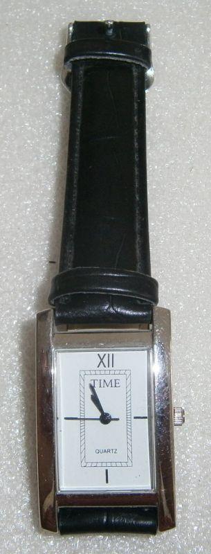 TIME-Armbanduhr neuwertig